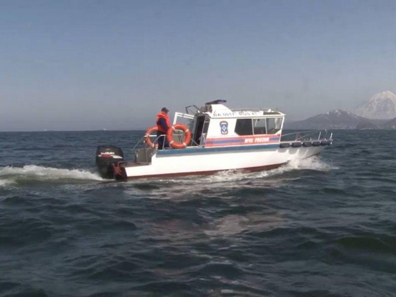 """Количество погибших при крушении судна """"Фаворит"""" в Белом море увеличилось до двух человек. Продолжаются поиски выживших."""