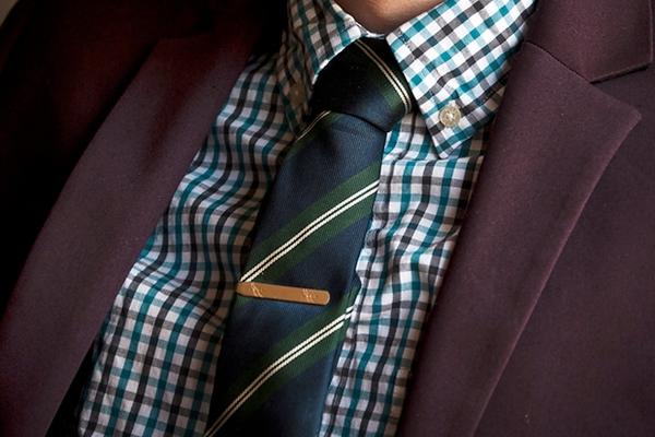 Стильный аксессуар — зажим для галстука. Фото с сайта www.furfur.me