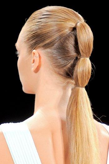 повседневные прически на длинные волосы фото