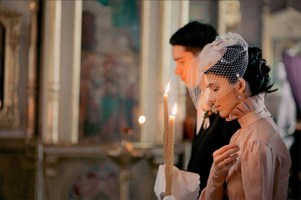 Что необходимо для венчания? Фото с сайта www.salonfleur.ru