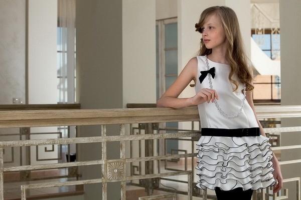 Ретроплатье в черно-беллом цвете. Фото с сайта http://www.myangelshop.ru/