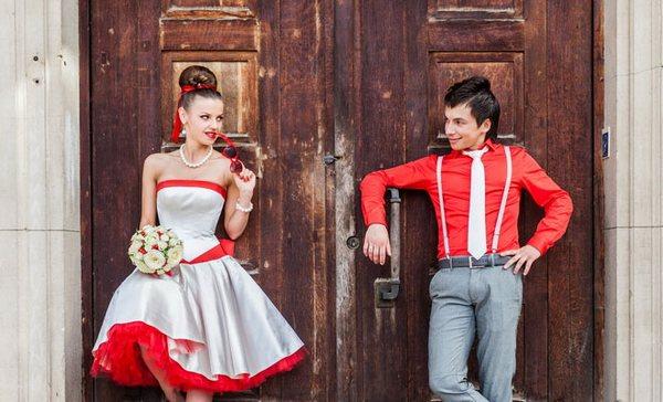 Вспомнить яркое время: свадьба в стиле стиляги. Фото с сайта www.moja-svadba.ru
