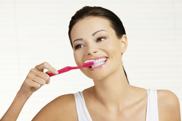 Обычная или специальная? Любимый вопрос будущих мам актуален и в случае с зубной пастой