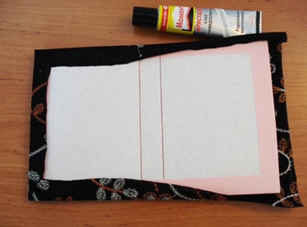 Декорируем блокнот тканью. Фото с сайта http://www.ugomon.ru/