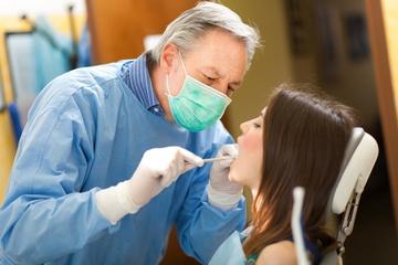 Можно ли удалять зубы при беременности? Фото: Minerva Studio - Fotolia.com