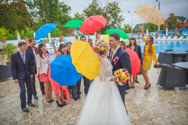 Как устроить радужную свадьбу. Фото с сайта odessa.vasha-svadba.ua