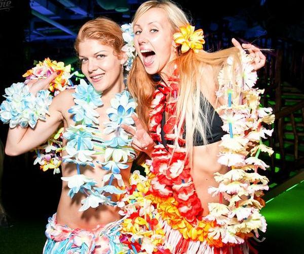 Делаем леи для гавайской вечеринки. Фото с сайта freemarket.kiev.ua