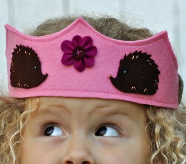 Забавная корона из фетра. Фото с сайтаluntiki.ru/