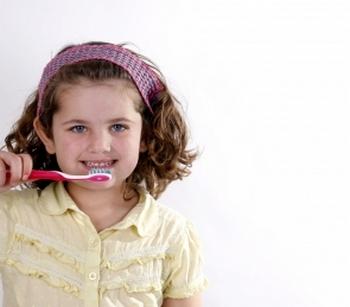 Появление молочных и постоянных зубов. Фото с сайта http://www.freedigitalphotos.net/