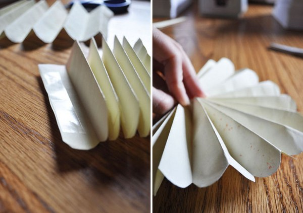 Склеиваем несколько гармошек вместе. Фото с сайта http://weddingdiary.ru/