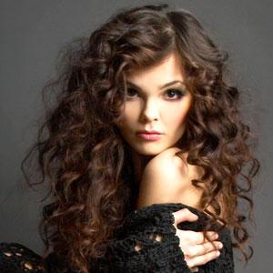 стрижка для кудрявых волос средней длины фото