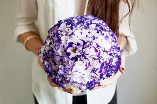 Цветочный шар — дарите красоту! Фото с сайта olgakolodiy.blogspot.com
