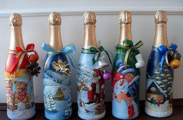 Способы украшения новогодних бутылок с шампанским. Фото с сайта http://forum.in-ku.com