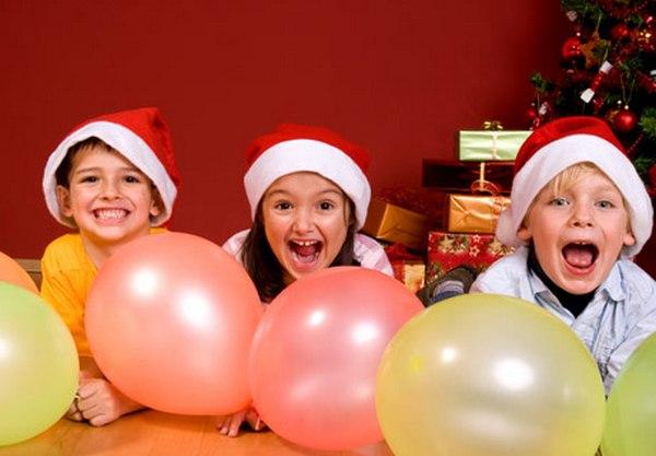 Новогодние игры для детей. Фото с сайта www.nanya.ru