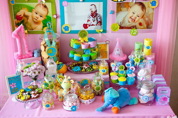 Обязательно организуйте кенди-бар: дети будут в восторге! Фото с сайта sweetbaby.by