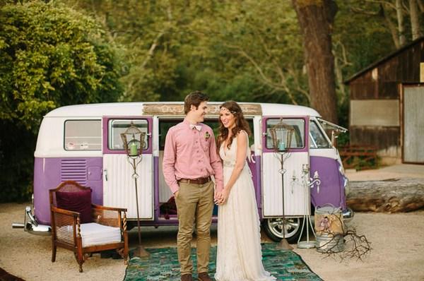 Фотозона на свадьбу в стиле бохо. Фото с сайта http://greenweddingshoes.com/