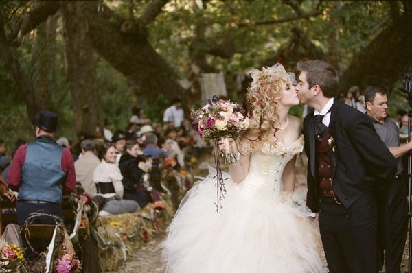 Викторианский стиль в образе невесты. Фото с сайта http://rgp-journal.ru/