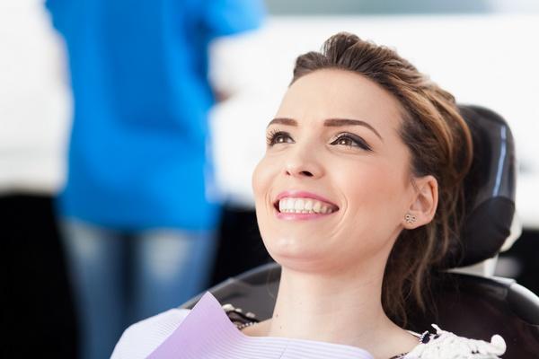 Реминерализация зубов: кому необходима. Фото:  xalanx - Fotolia.com