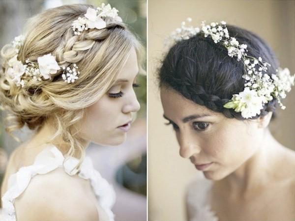 Живые цветы в свадебной прическе — нежно и романтично! Фото с сайта svoipravila.ru