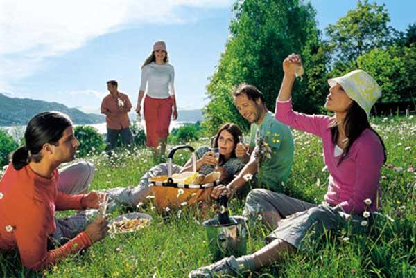 Как организовать веселый пикник на природе? Фото с сайта razvlekalka.com