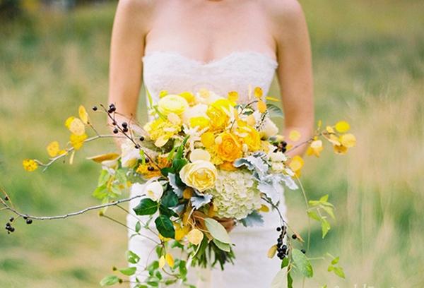 Необычный букет невесты подчеркнет ее индивидуальность