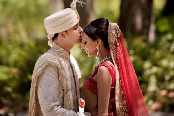 Индийская свадьба восхищает своими обрядами и яркими красками. Фото с сайта liveinternet.ru