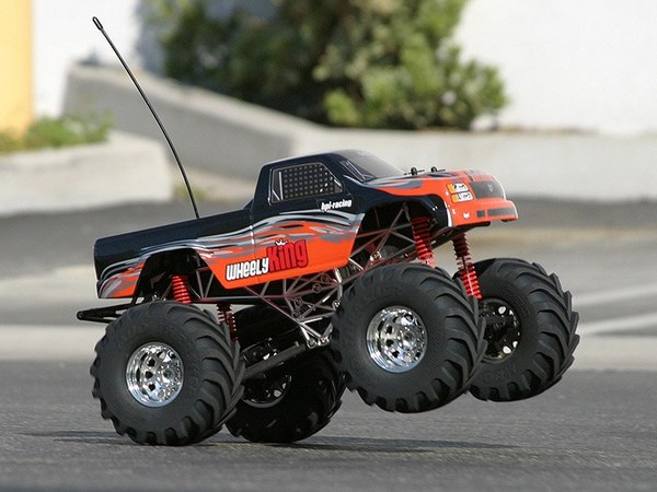 Выбираем игрушки мальчику. Фото с сайта http://www.joomfile.com