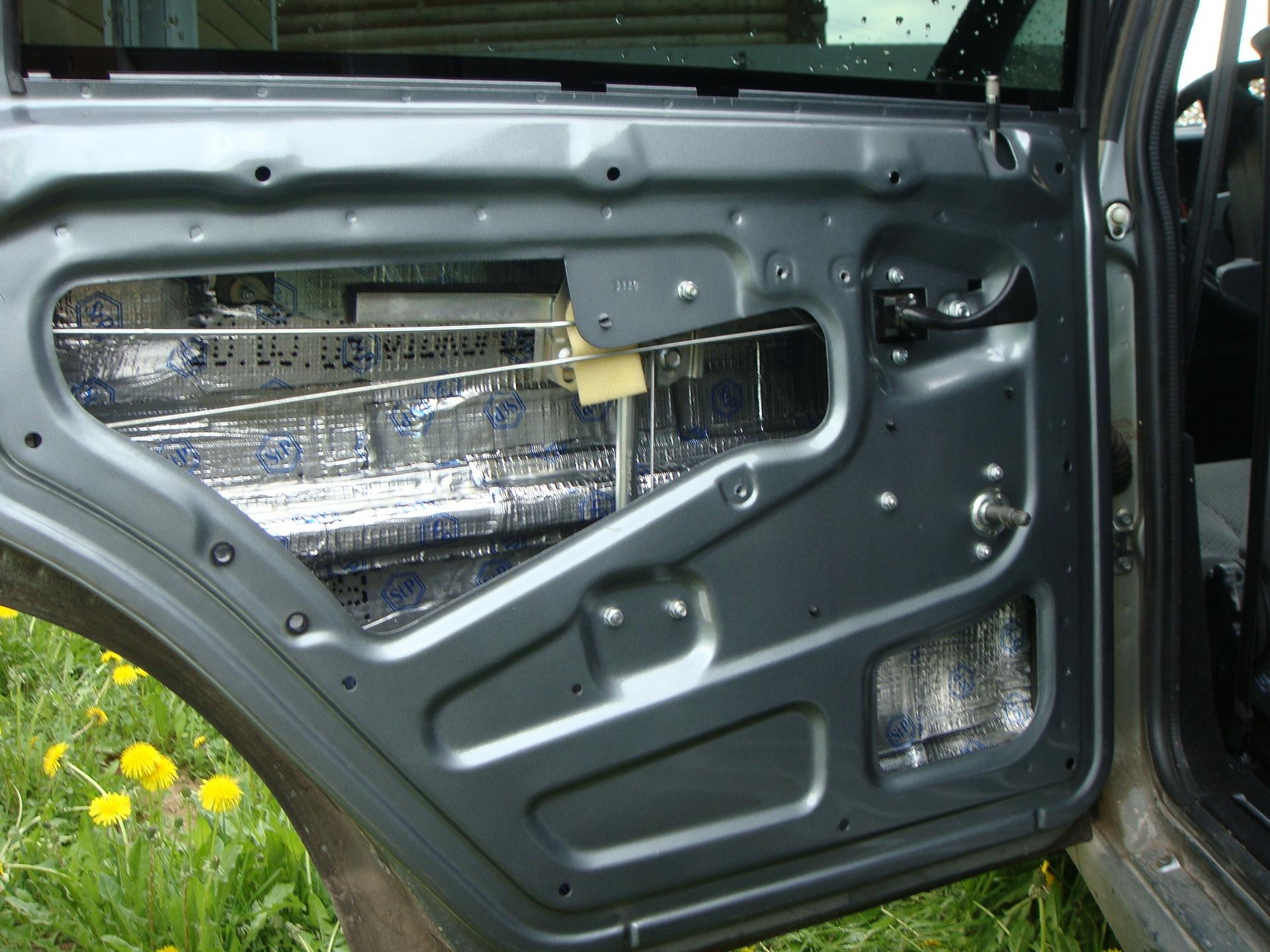 Шумоизоляция дверей автомобиля своими руками 83
