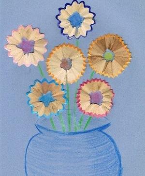 Цветы из карандашной стружки. Фото с сайта whatpresent.ru