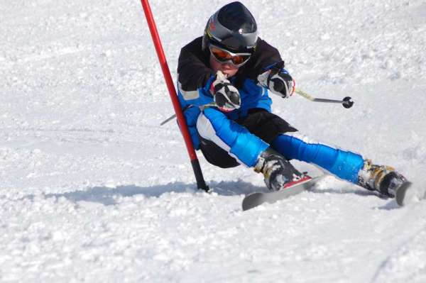 Спортивный подарок — для настоящих мальчишек! Фото с сайта detsport.ru