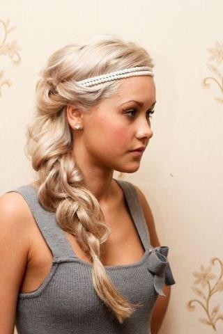 как собрать волосы с помощью французской резинки-ободка видео