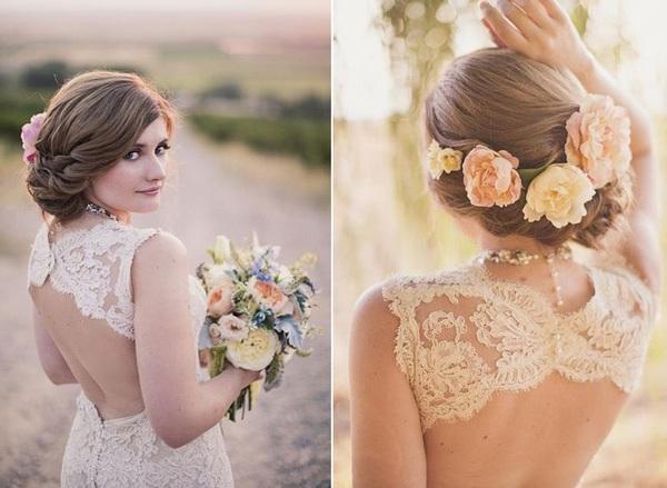 Как украсить прическу цветами? Фото с сайта blog.styleup.ru