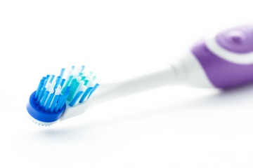 Звуковая зубная щетка: характеристика. Фото:  pugping - Fotolia.com