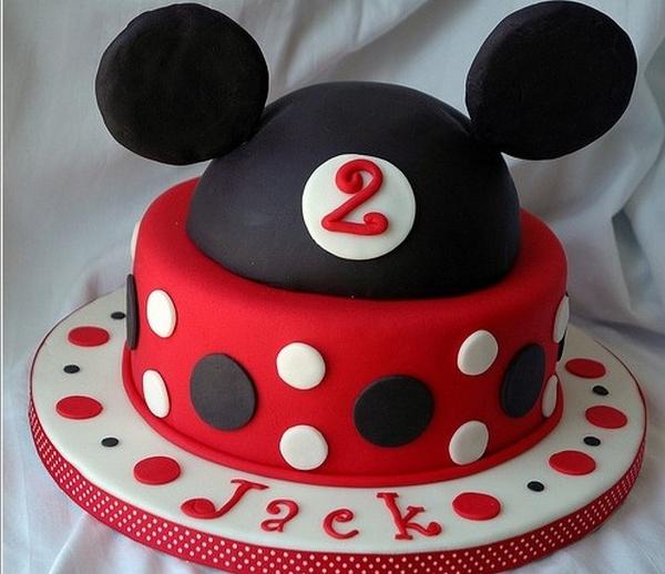 День рождения и торт Микки Маус. Фото с сайта idi-k-nam.ru