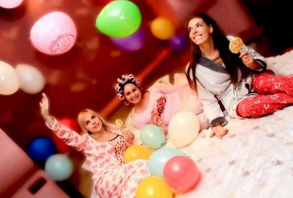 Пижамная вечеринка для настоящих подружек. Фото с сайта vk.com