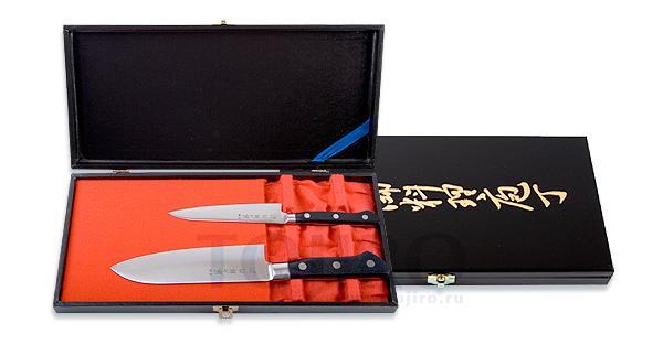 Сувенирный ножи для любителей острых предметов. Фото с сайта www.tojiro.ru