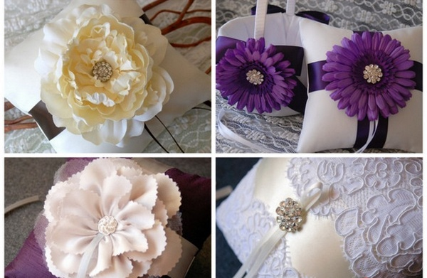 Подушечки для колец — цветочная тематика. Фото с сайта stilnaya-svadba.ru