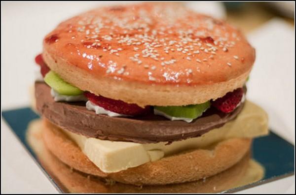 Гамбургер на сладкое. Фото с сайта pilotfm.ru