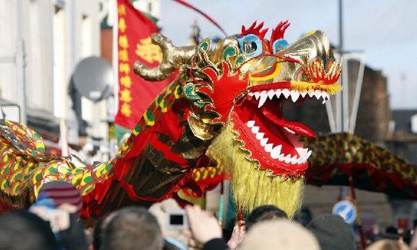 Главный герой праздненства — дракон. Фото с сайта ukrshopper.info