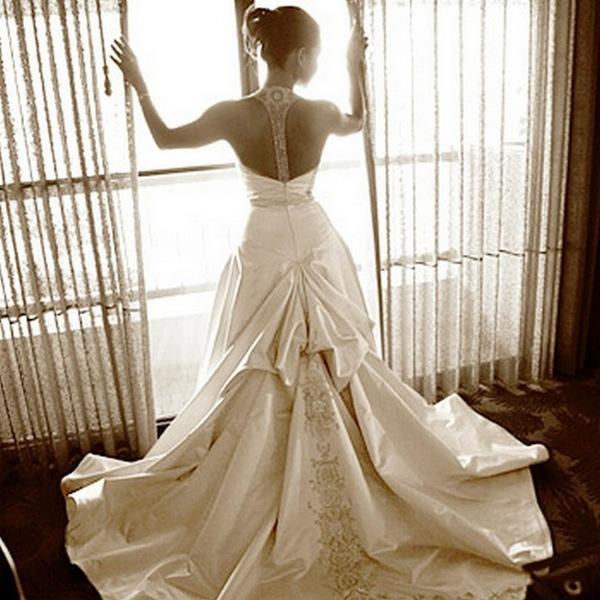 Выбираем платье невесты по типу фигуры. Фото с сайта open.az