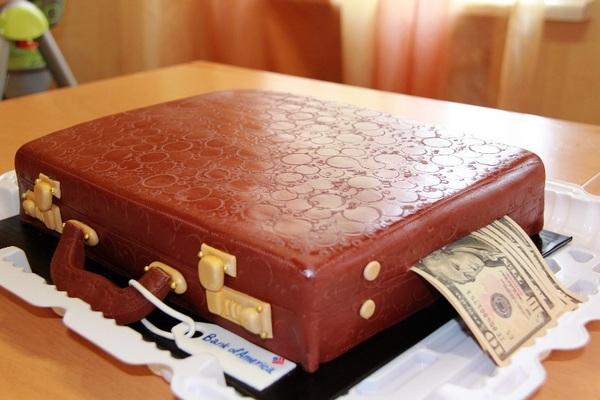 Чемодан с деньгами — мечта. Фото с сайта priest.ru