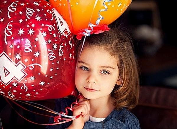 Какой подарок сделать девочке на 4 года? Фото с сайта teddyclub.org