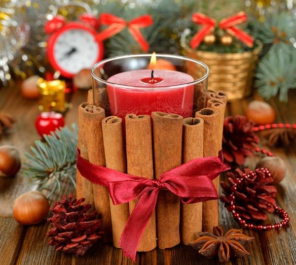 Украшаем дом композициями из свечей. Фото: olyina - Fotolia.com