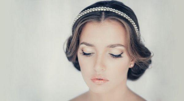 В образе греческой богини. Фото с сайта paryck.ru